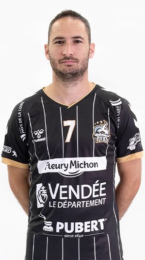 pouzauges-vendee-handball-pierre-roussel-nationale1